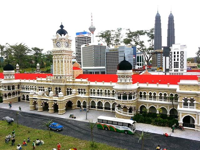 legoland-malaysia-261538_640